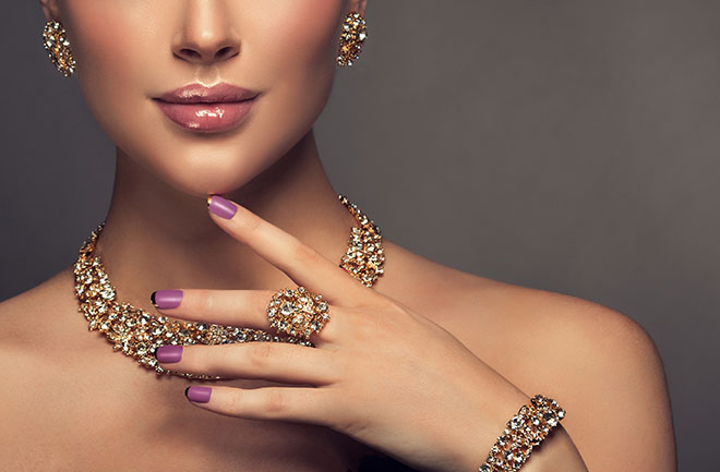 JEWELRY ACCORDING TO YOUR SKIN TONE